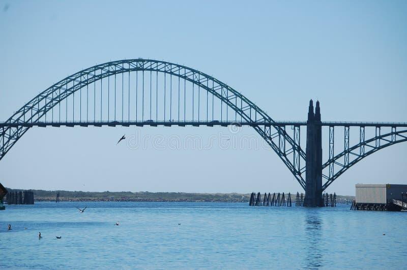 Ιστορική Yaquina γέφυρα κόλπων του Νιούπορτ, Όρεγκον ` s στοκ εικόνες