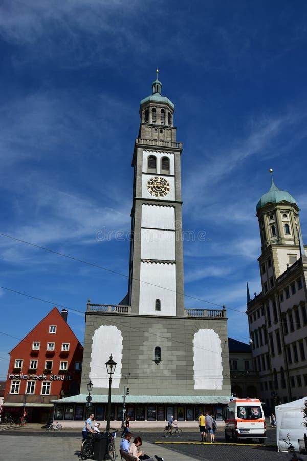 Ιστορικός πύργος PERLACHTURM στο Άουγκσμπουργκ, Γερμανία στοκ εικόνες