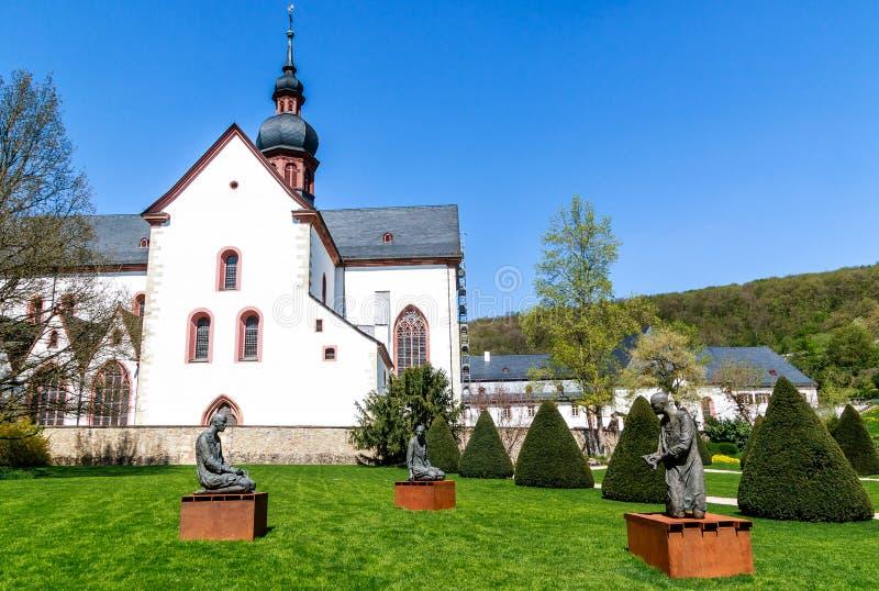 Ιστορικό αβαείο Eberbach, απόκρυφη κληρονομιά των κιστερκιανών μοναχών σε Rheingau, θέση μαγνητοσκόπησης για τον κινηματογράφο το στοκ φωτογραφίες με δικαίωμα ελεύθερης χρήσης