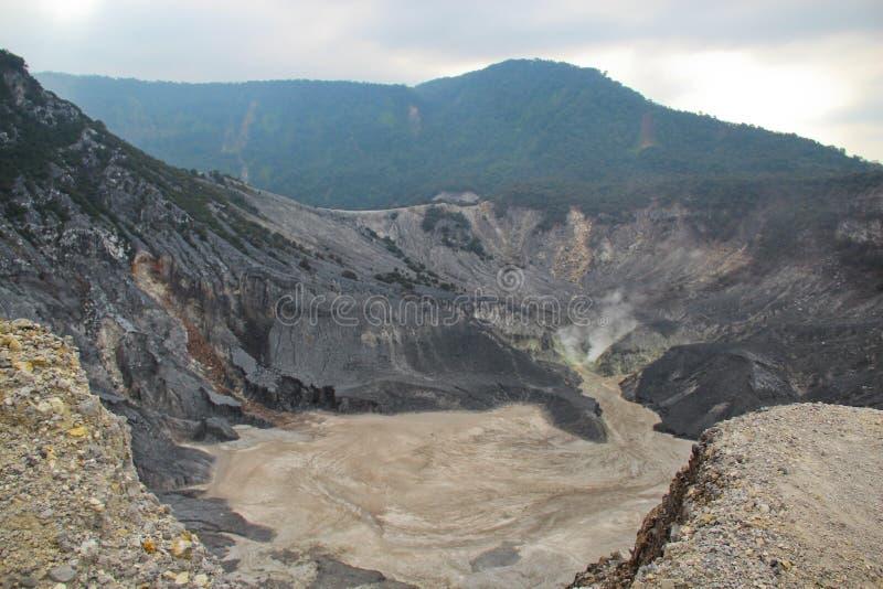 Ιστορικό ηφαίστειο Tangkuban Perahu στοκ φωτογραφίες