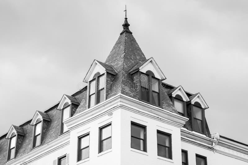 Ιστορικό κτήριο στη λεωφόρο του Ουισκόνσιν, στην Τζωρτζτάουν, Ουάσιγκτον, συνεχές ρεύμα στοκ εικόνες