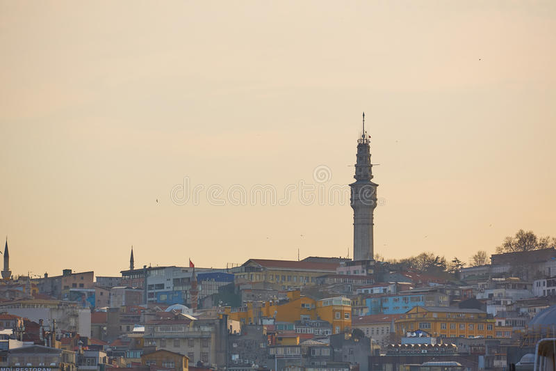 Ιστορικό ορόσημο πύργων Beyazit ή πύργων Seraskier στη Ιστανμπούλ, Τουρκία στοκ φωτογραφία με δικαίωμα ελεύθερης χρήσης