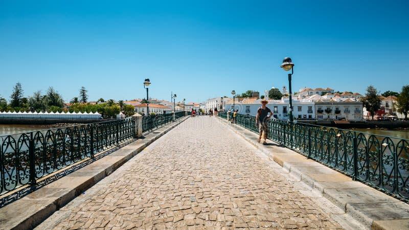 ιστορικό ρωμαϊκό tavira γεφυρών &t Πορτογαλία στοκ φωτογραφία
