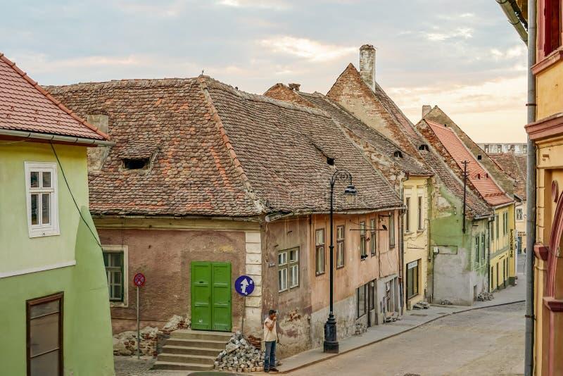 Ιστορικό τέταρτο του Sibiu στο ηλιοβασίλεμα στοκ εικόνες