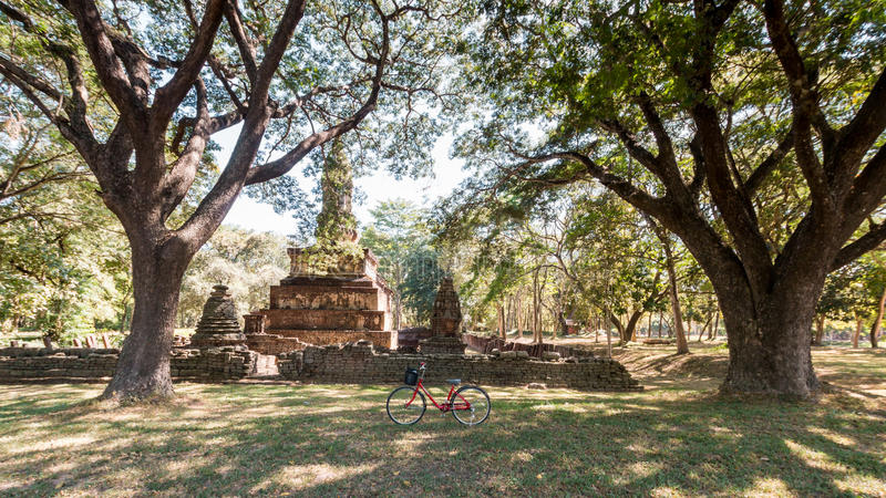 ιστορικό sukhothai πάρκων στοκ φωτογραφίες με δικαίωμα ελεύθερης χρήσης