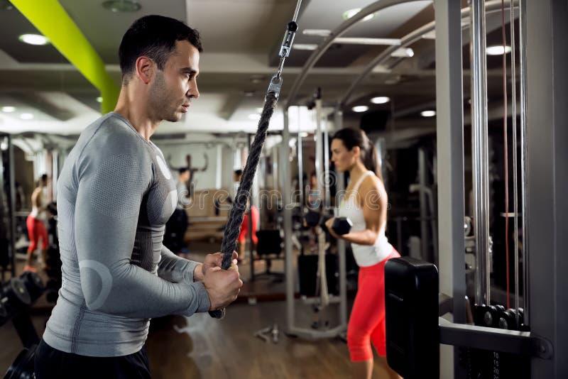 Ισχυρή άσκηση στοκ φωτογραφίες