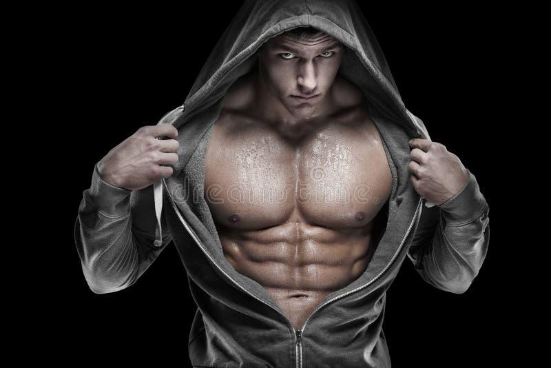 Ισχυρός αθλητικός πρότυπος κορμός ικανότητας ατόμων που παρουσιάζει ABS έξι πακέτων Είναι στοκ εικόνες με δικαίωμα ελεύθερης χρήσης