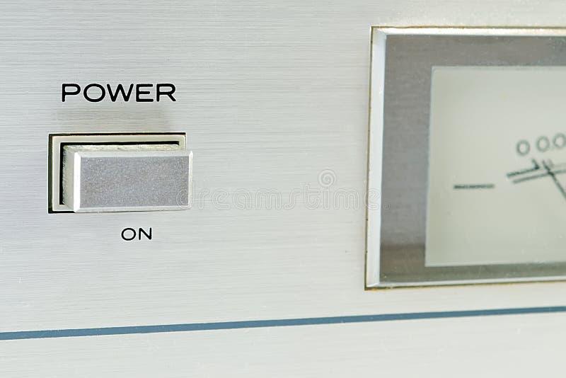 Download ισχύς κουμπιών στοκ εικόνα. εικόνα από γκρίζος, ηχητική - 22789727
