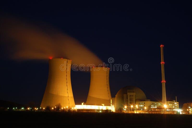 ισχύς πυρηνικών εγκαταστάσεων στοκ φωτογραφία