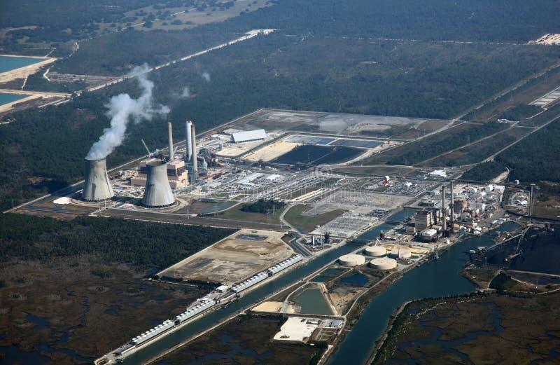 ισχύς πυρηνικών εγκαταστά& στοκ φωτογραφία με δικαίωμα ελεύθερης χρήσης