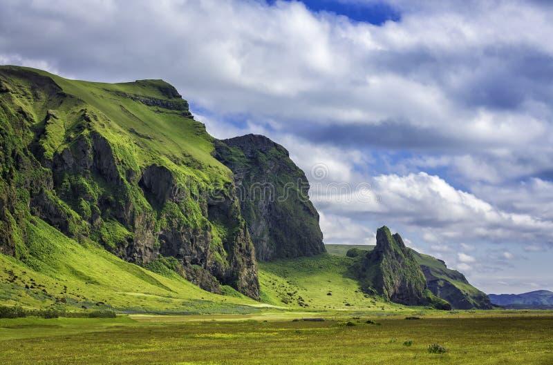 Ισλανδικά τοπία βουνών στοκ φωτογραφία