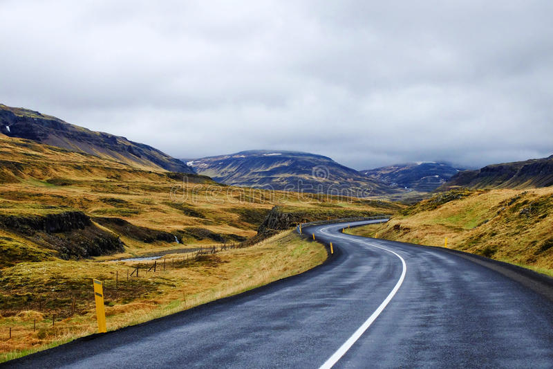 Ισλανδικός δρόμος στοκ εικόνες