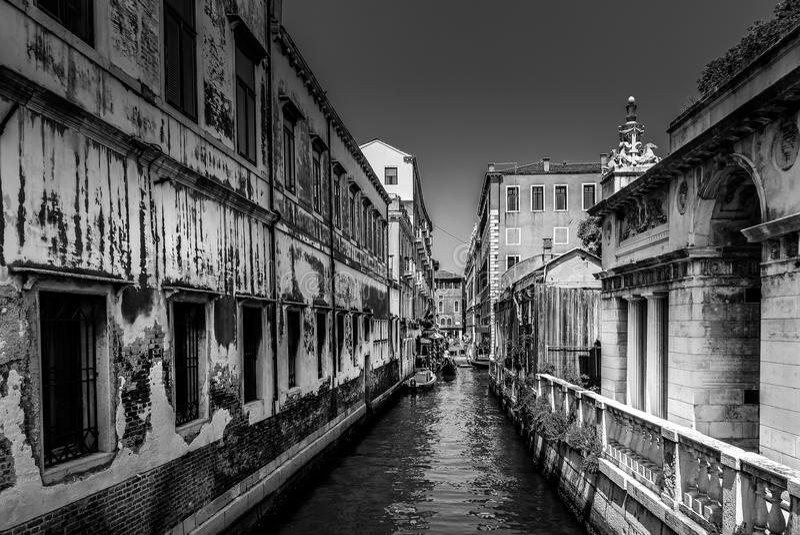 Ιταλία Βενετία Μερικές οδοί φαίνονται λυπημένες μαύρο λευκό στοκ εικόνες