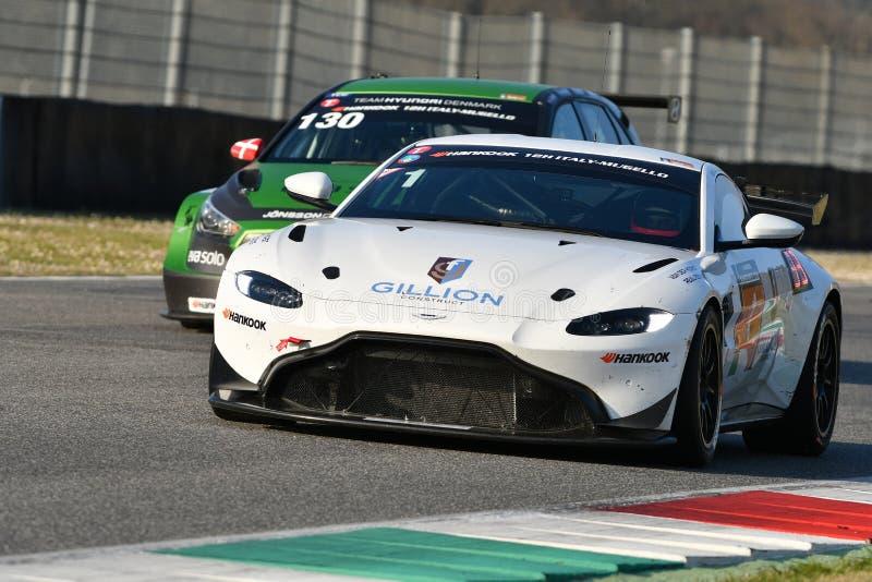 Ιταλία - 29 Μαρτίου 2019: Άστον Martin πλεονέκτημ AMR GT4 της ομάδας της Γερμανίας απόδοσης PROsport στοκ εικόνες
