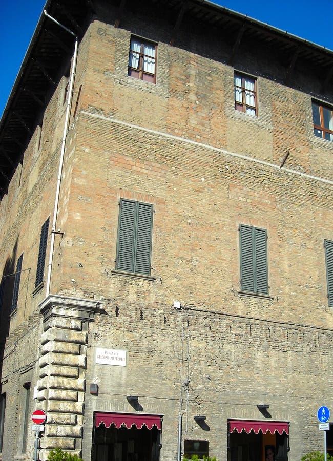 ιταλικός παλαιός οικοδόμησης στοκ φωτογραφία
