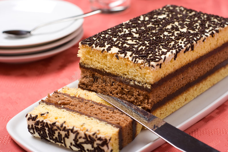 Download ιταλικό σφουγγάρι κέικ στοκ εικόνα. εικόνα από υγιής, σοκολάτα - 1544701