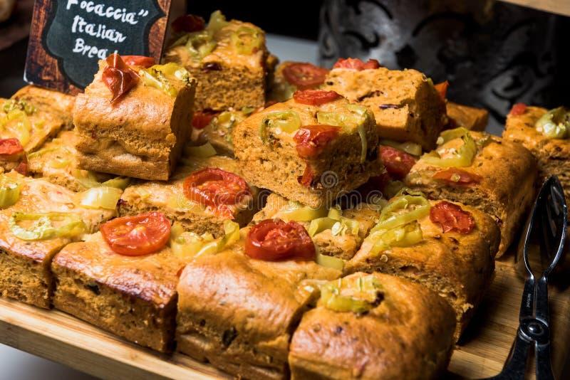 Ιταλικό ψωμί Focaccia με τις ντομάτες στοκ εικόνα με δικαίωμα ελεύθερης χρήσης