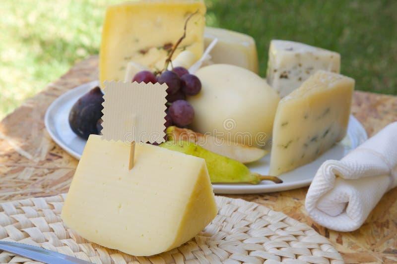 Ιταλική πώληση primo τυριών πρόβειου γάλακτος στοκ φωτογραφία