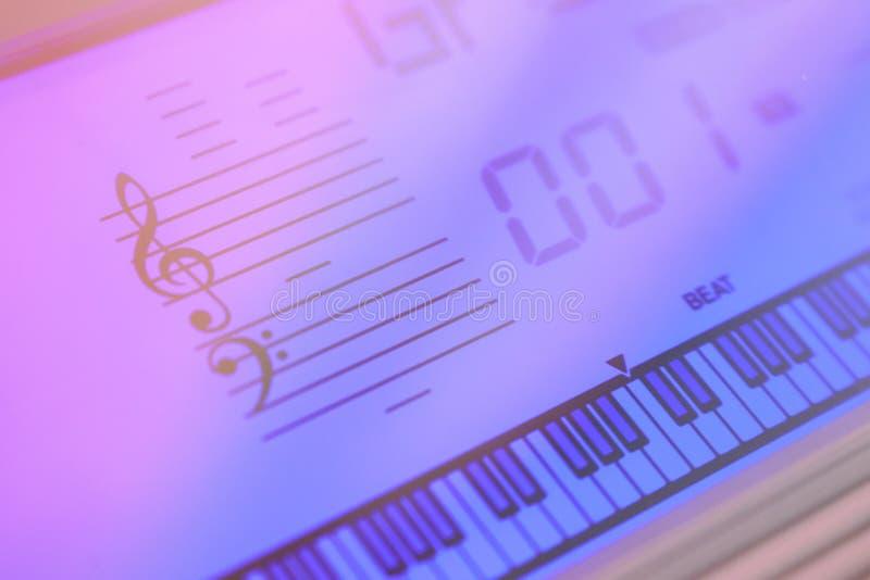 Ιώδες φως του ηλεκτρο sintesizer οθόνης στοκ εικόνες