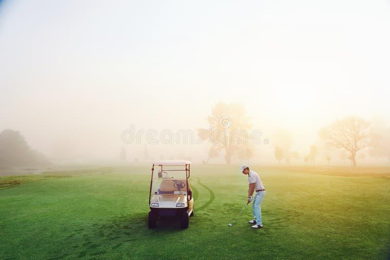 Ιδανική ρύθμιση γκολφ στοκ φωτογραφία με δικαίωμα ελεύθερης χρήσης