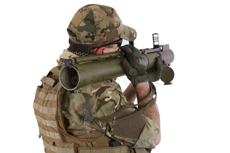 Ιδιωτικός στρατιωτικός ανάδοχος με το εκτοξευτή ρουκετών RPG διανυσματική απεικόνιση