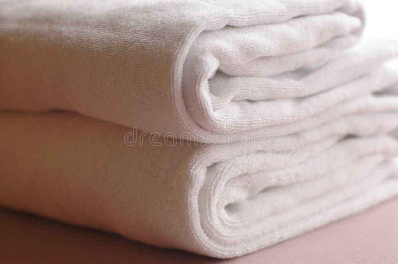 Download ι πετσέτα στοκ εικόνα. εικόνα από αδελφών, πλυντήριο, εξαρτημάτων - 393255
