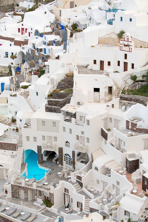 Κάθετη φωτογραφία των κτηρίων Santorini στοκ φωτογραφία με δικαίωμα ελεύθερης χρήσης