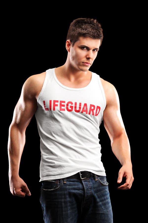 Κάθετος πυροβολισμός ενός όμορφου lifeguard στοκ εικόνες με δικαίωμα ελεύθερης χρήσης