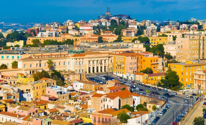 Κάλιαρι, Ιταλία: Εικονική παράσταση πόλης του ιστορικού κέντρου στοκ εικόνα