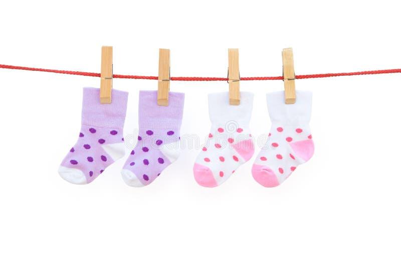 Κάλτσες μωρών δύο ζευγαριών στοκ φωτογραφία με δικαίωμα ελεύθερης χρήσης