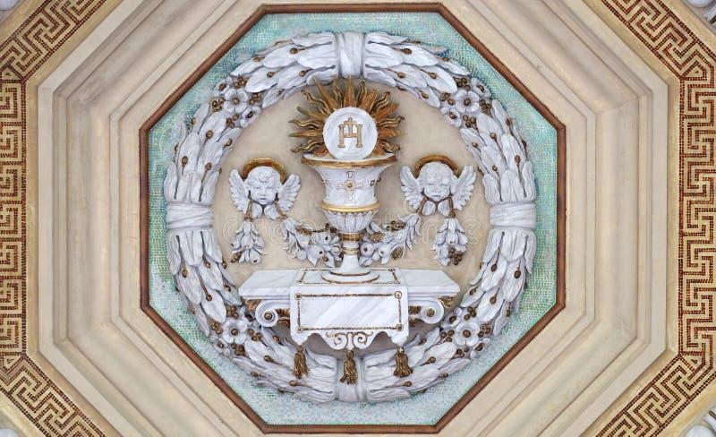 Κάλυκας και γκοφρέτα Eucharist στοκ φωτογραφίες με δικαίωμα ελεύθερης χρήσης