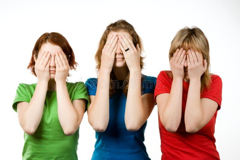 κάλυψη των θηλυκών φίλων μ&alph στοκ εικόνες με δικαίωμα ελεύθερης χρήσης