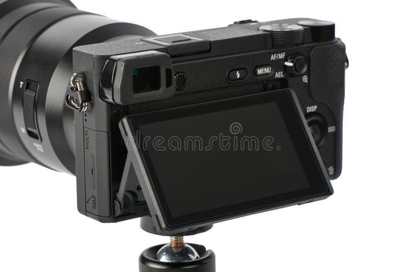 Κάμερα Mirrorless με το όργανο ελέγχου επίδειξης μετατόπισης κλίσης στοκ εικόνες