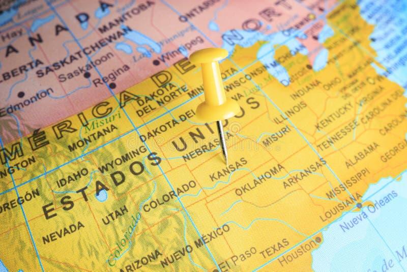 Κάνσας που καρφώνεται σε έναν χάρτη της Αμερικής στοκ φωτογραφία