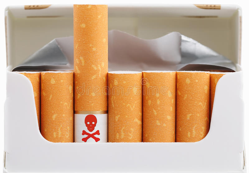 κάπνισμα θανατώσεων στοκ εικόνα