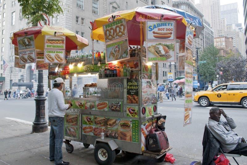 Κάρρο τροφίμων της Νέας Υόρκης στοκ εικόνες