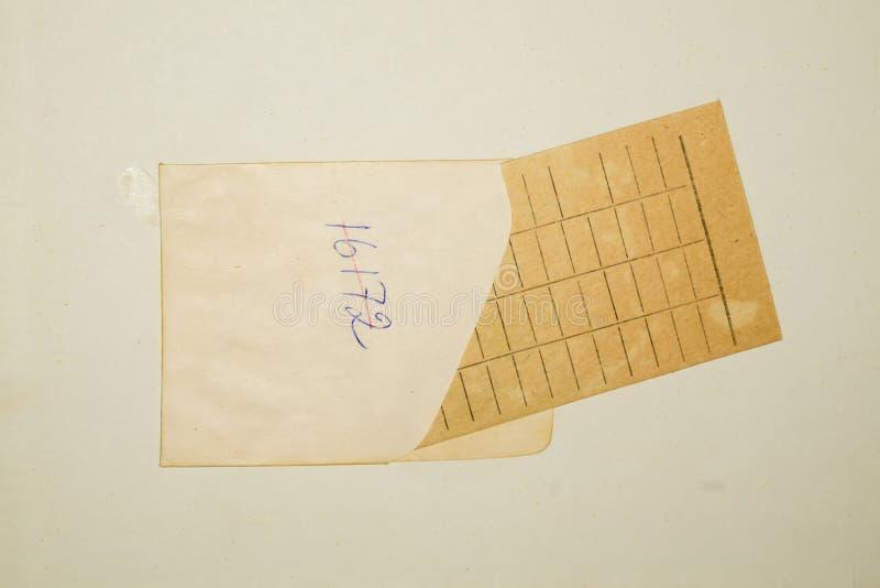 Κάρτα οφειλόμενης ημερομηνίας στοκ φωτογραφία με δικαίωμα ελεύθερης χρήσης