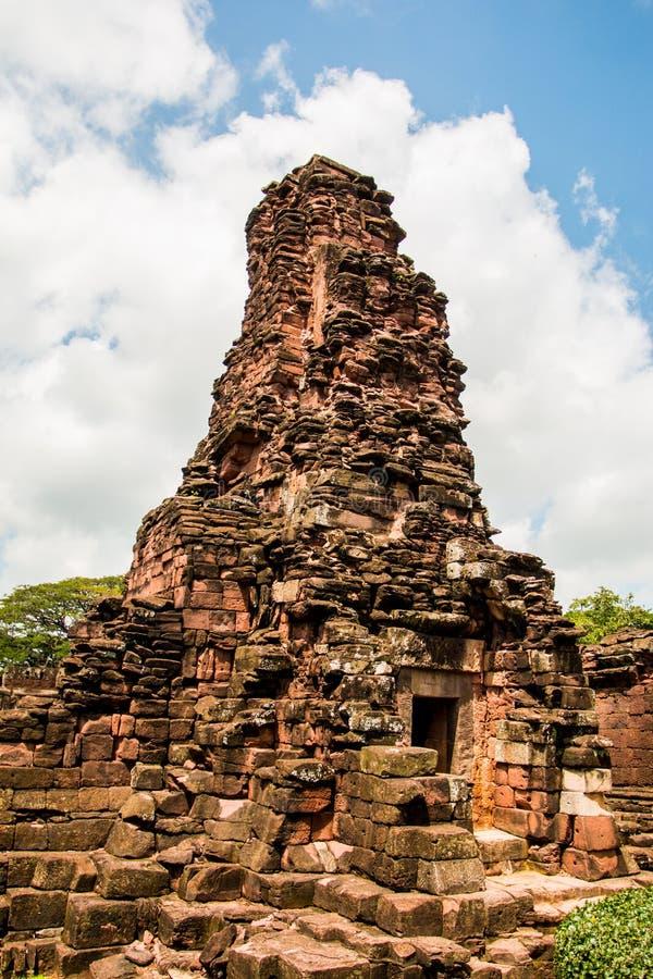 Κάστρο βράχου Hin Prasat στο ιστορικό πάρκο Nakonratchasima Phimai στοκ φωτογραφίες