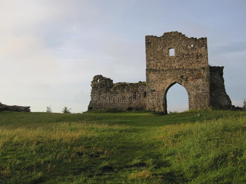 Κάστρο σε ένα hiil στοκ φωτογραφίες με δικαίωμα ελεύθερης χρήσης