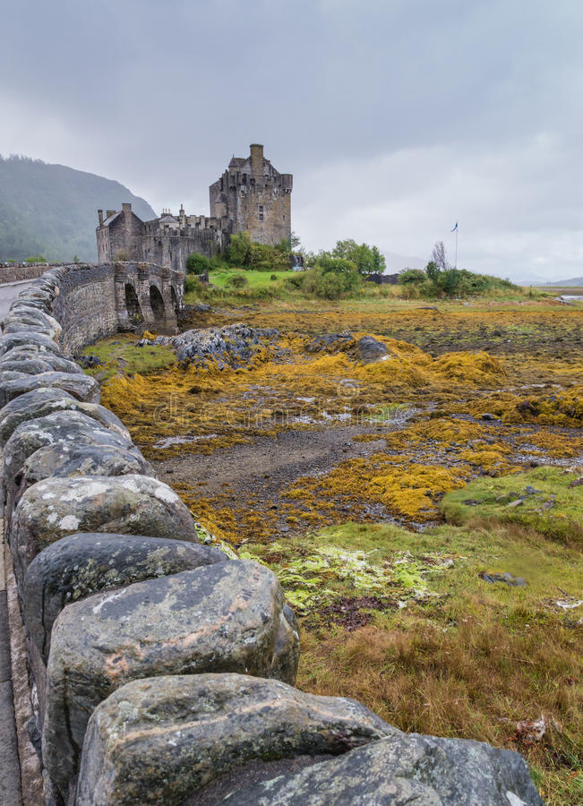 Κάστρο Donan Eilean σε Dornie, Σκωτία στοκ εικόνα με δικαίωμα ελεύθερης χρήσης