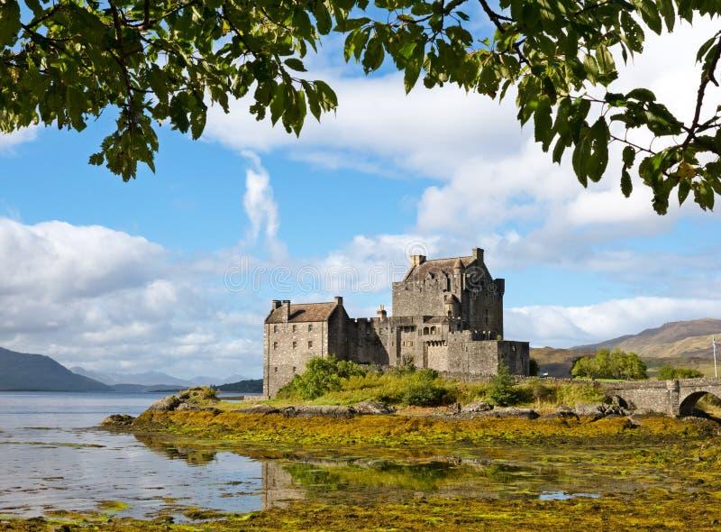 Κάστρο Donan Eilean σε Dornie, Σκωτία στοκ εικόνα