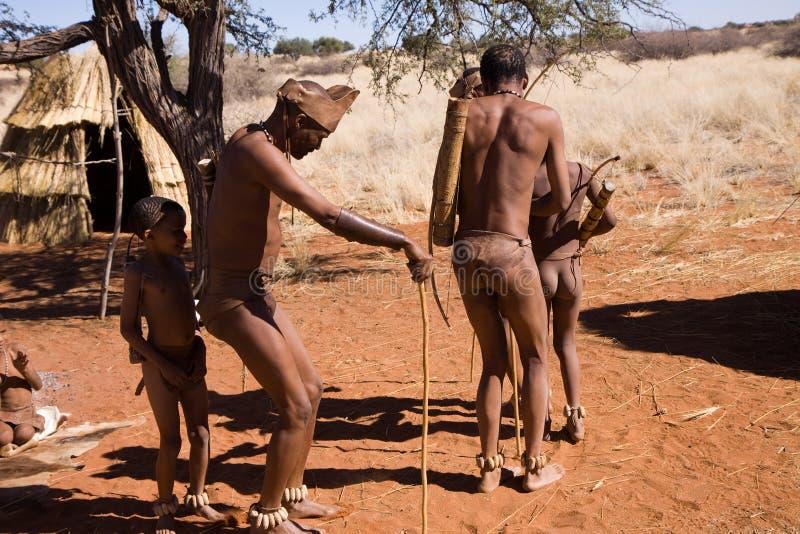 Κάτοικοι του δάσους dancinc στοκ φωτογραφία με δικαίωμα ελεύθερης χρήσης