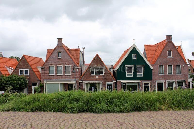 Κάτω Χώρες, Volendam, χαρακτηριστικά κτήρια στοκ εικόνες