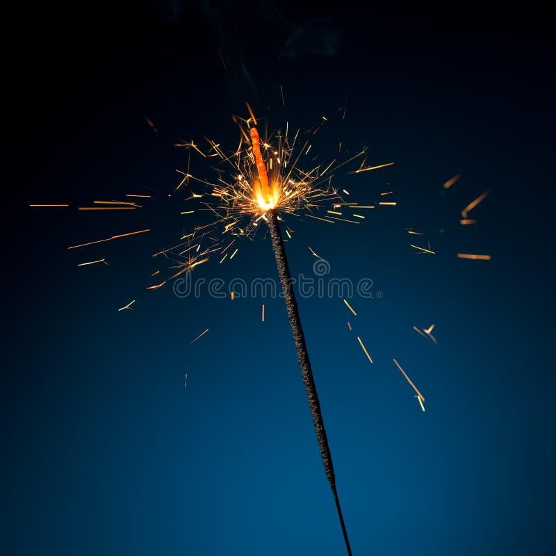 κάψιμο sparkler στοκ εικόνες