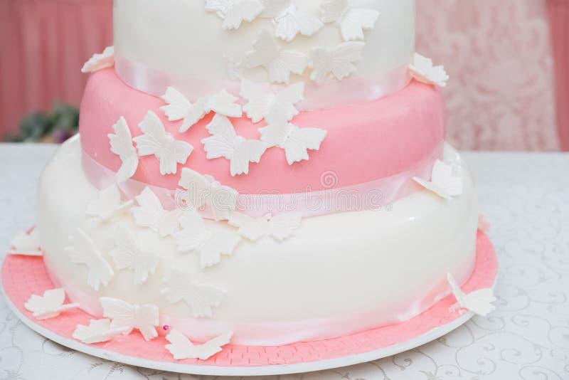 Κέικ πεταλούδων στοκ εικόνα με δικαίωμα ελεύθερης χρήσης