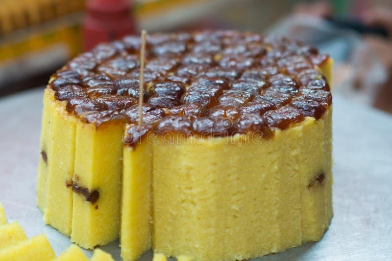 """Κέικ ρυζιού με τις γλυκές ημερομηνίες στην κορυφή, ειδικότητα τροφίμων από ΧΙ """" Τοπικά μουσουλμανικά τρόφιμα Xian, Shaanxi, Κίνα στοκ φωτογραφία"""