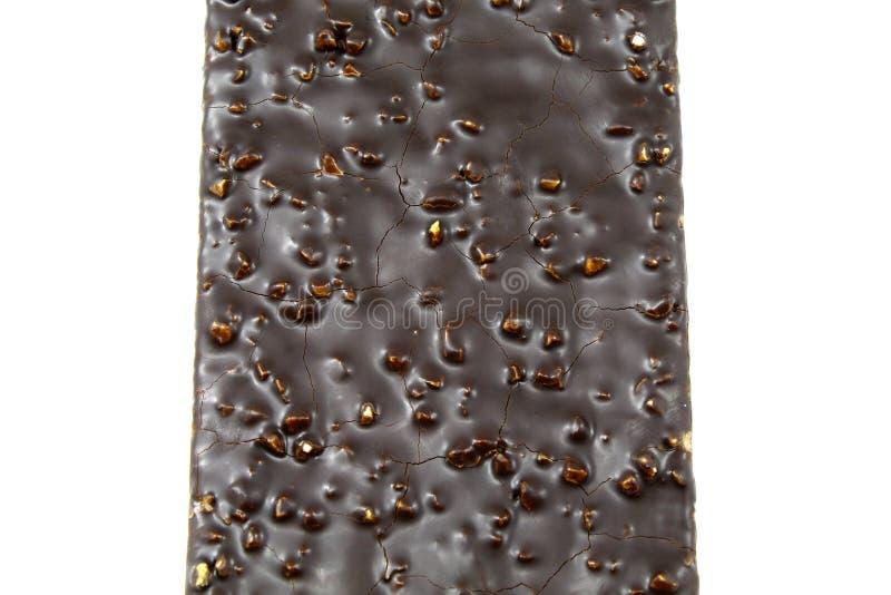 Κέικ σοκολάτας με την κινηματογράφηση σε πρώτο πλάνο καρυδιών στο άσπρο υπόβαθρο στοκ εικόνες με δικαίωμα ελεύθερης χρήσης
