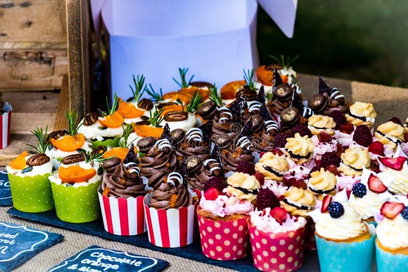 Κέικ στην αγορά τροφίμων λουτρών, UK στοκ φωτογραφία με δικαίωμα ελεύθερης χρήσης