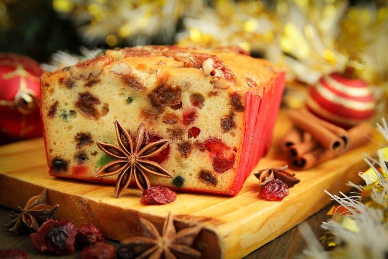 Κέικ φρούτων Χριστουγέννων στοκ εικόνες με δικαίωμα ελεύθερης χρήσης