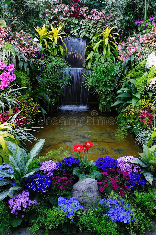 κήπος εσωτερικός στοκ φωτογραφία με δικαίωμα ελεύθερης χρήσης